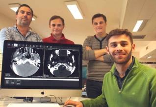 À frente, Luís Bastião (UA), atrás e da esquerda para a direita.: Carlos Costa (UA), Augusto Silva (UA) e David Campos (BMD Software).