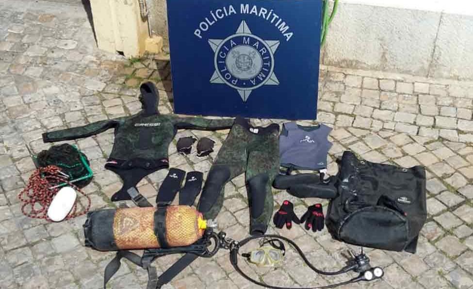 Polícia Marítima surpreende apanha ilegal de Pepinos do Mar em Faro