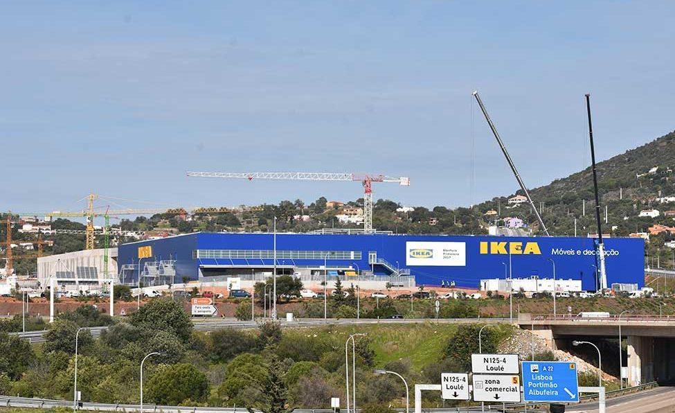 Trabalhadora morre na construção do IKEA em Loulé