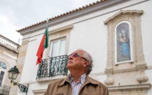 António Pina lembra a Revolução de Abril