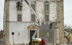 A Igreja Matriz de Olhão, cimento ou cal?