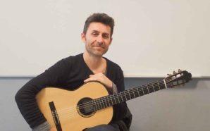 Guitarrista algarvio Rui Mourinho conversa sobre a carreira