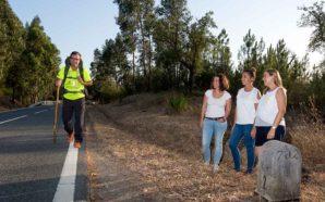 Caminhante algarvio atravessa EN2 para dar a conhecer a Endometriose