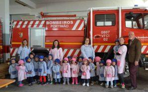Creche Rainha Santa visitou Bombeiros de Portimão