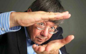 Carlos Fiolhais explica Prémio Nobel da Física 2017 em Lagos