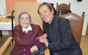 Idosa comemorou 105 anos com família e amigos