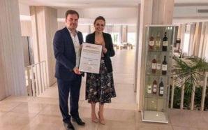 Operador britânico Jet2Holidays distingue Maria Nova Lounge Hotel de Tavira