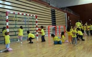 Lagos mete crianças a «Crescer em Movimento»