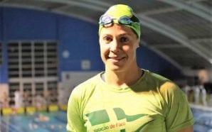 Nadadora farense Isabel Figueira bate recorde europeu de natação