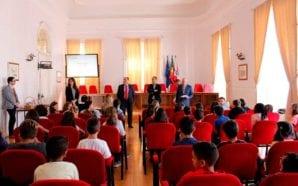 Autarquia de Faro e DECO assinam protocolo para ajudar os…