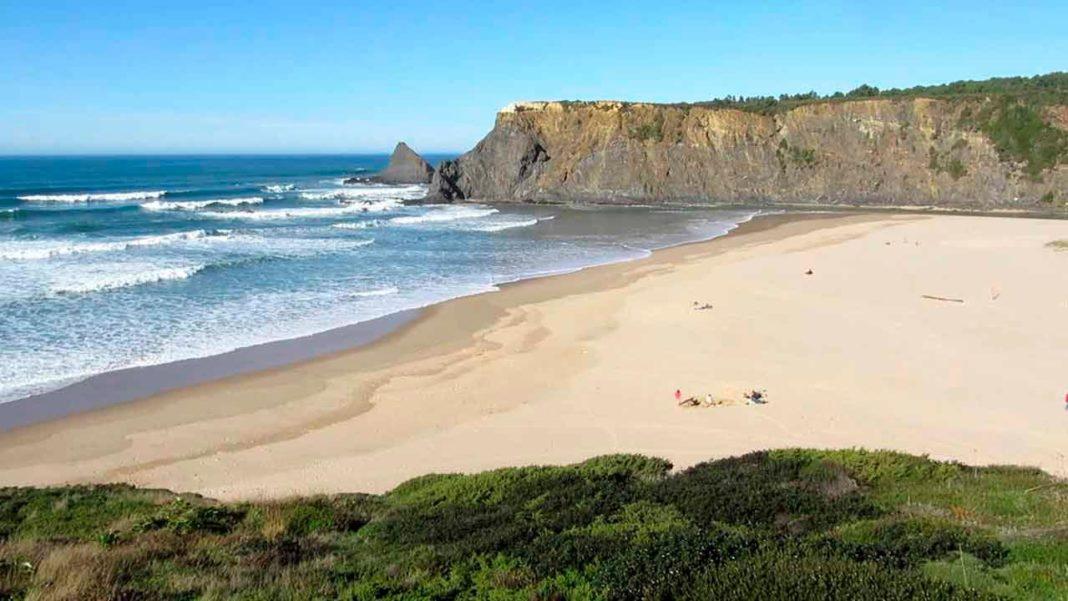 Algarve é «Melhor Destino de Praia da Europa em 2019»