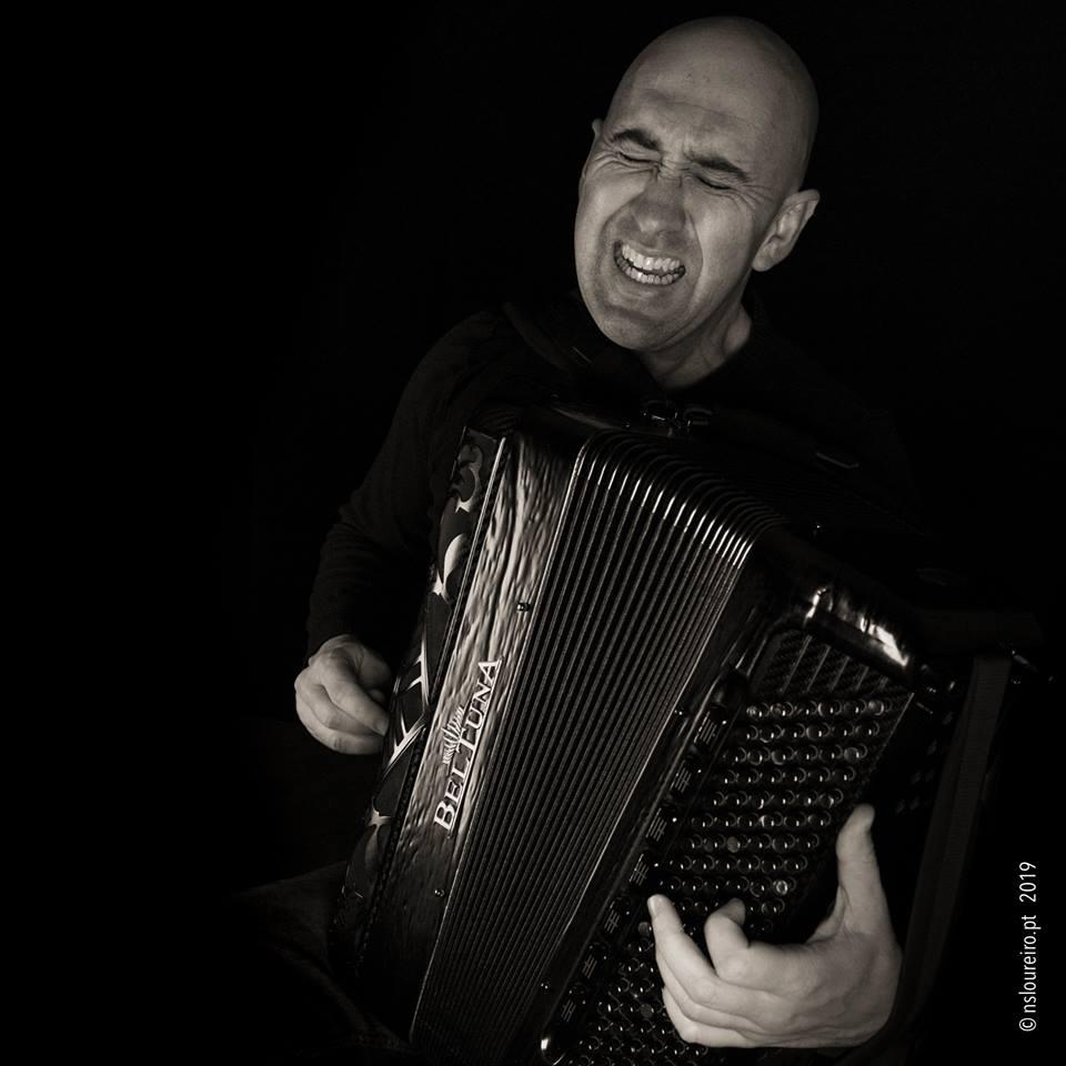 Nelson Conceição, um dos mais prestigiados acordeonistas portugueses da atualidade.