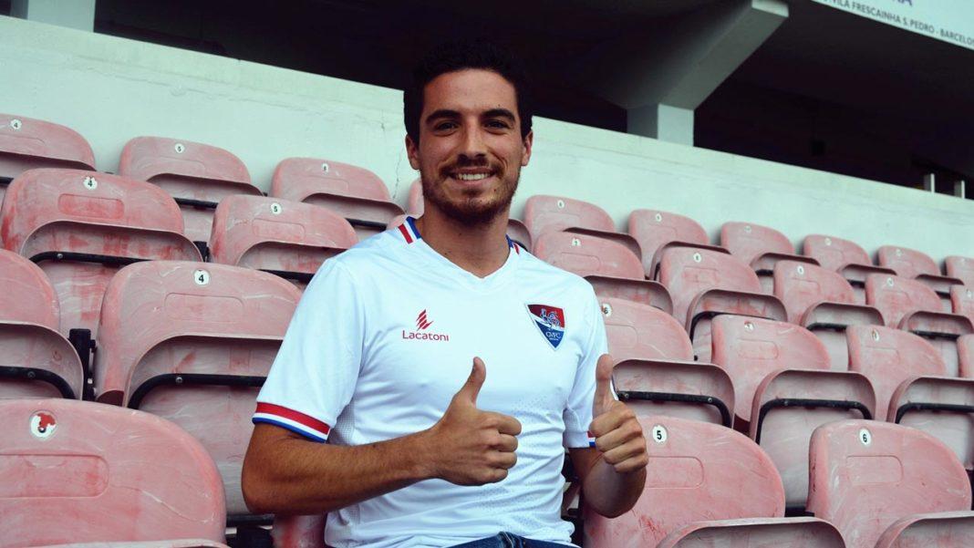 Márcio Meira assina pelo Gil Vicente