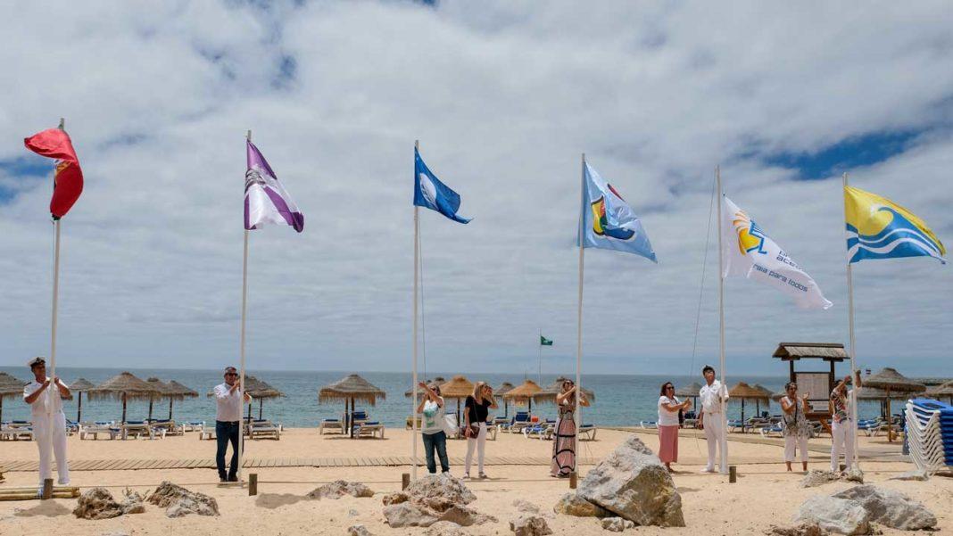 Praias de Loulé já têm bandeiras azuis