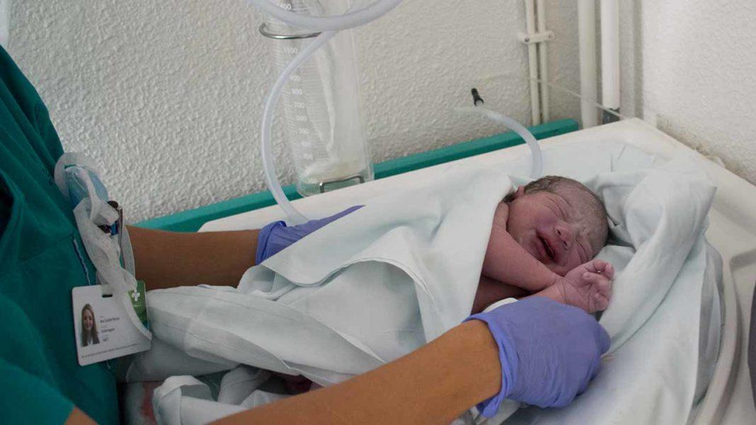 Maternidade de Portimão CHUA encerrada CDS Algarve