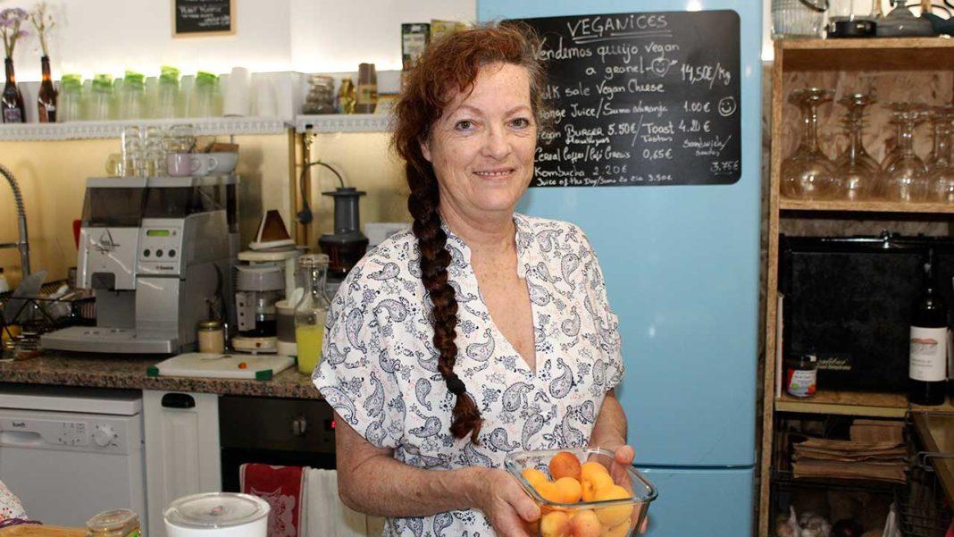 Fátima Lourenço de Tavira, a Vegana mais antiga do Algarve recomenda a Feira do Ambiente e Vegan do Algarve (FAVA), em Loulé.
