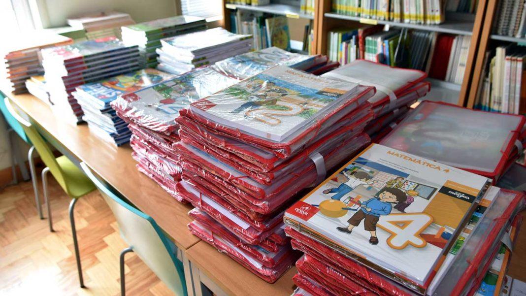 Livros escolares grátis em Loulé