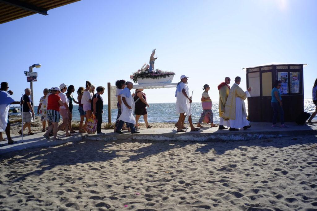 O adeus dos culatrenses e da imagem de Nossa Senhora dos Navegantes à imagem de Nossa Senhora do Rosário.