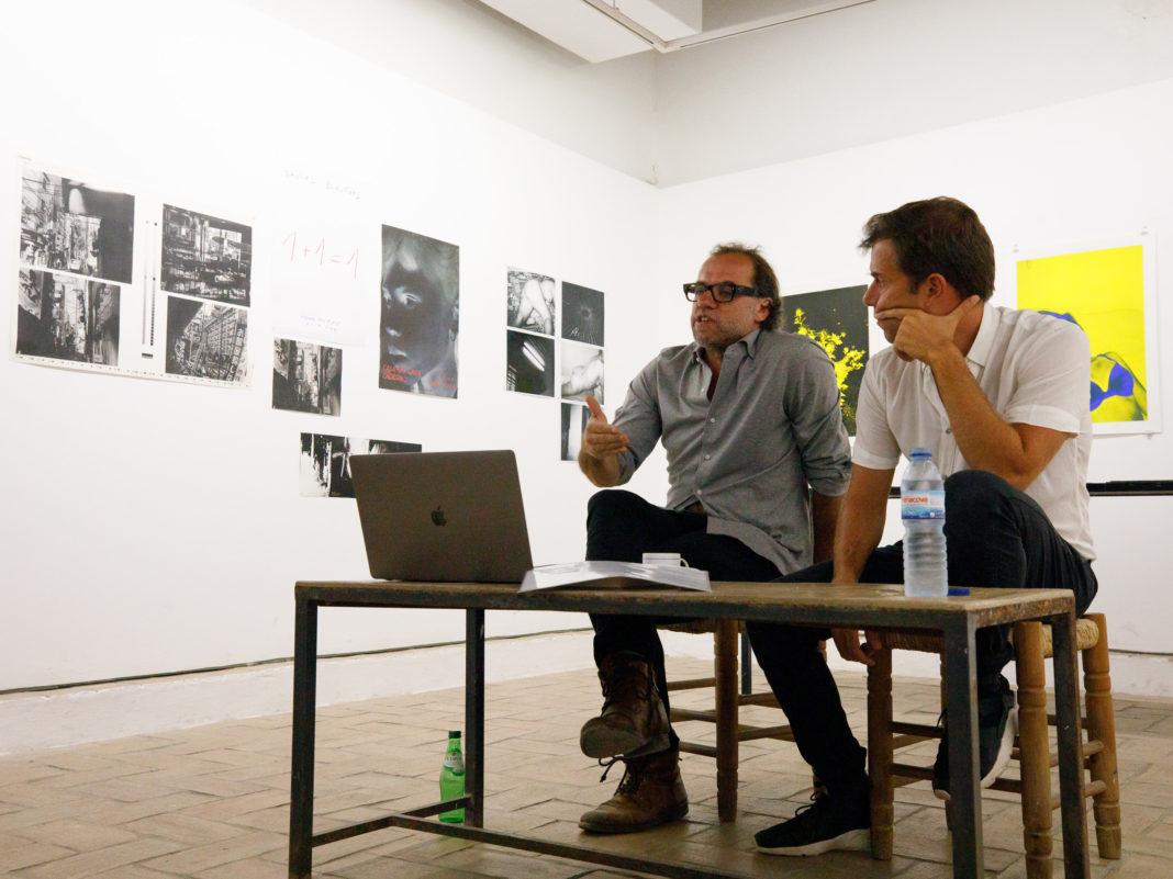 Marco Martins (à esquerda) e José Pedro Cortes (à direita) na Casa das Artes de Tavira