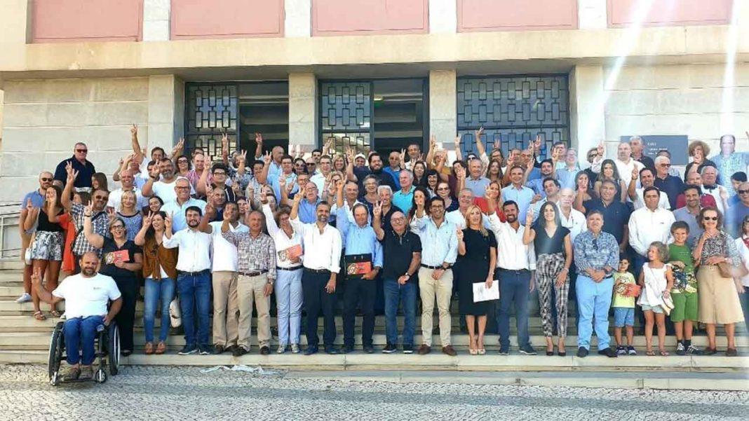 150 pessoas testemunharam a entrega da lista do PSD pelo Algarve