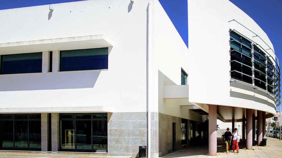 Biblioteca de VRSA celebra 10º aniversário com música, poesia e teatro