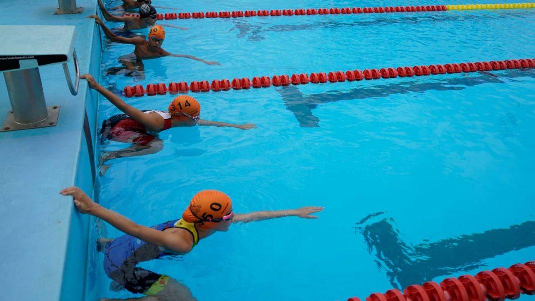 2019 minutos na piscina