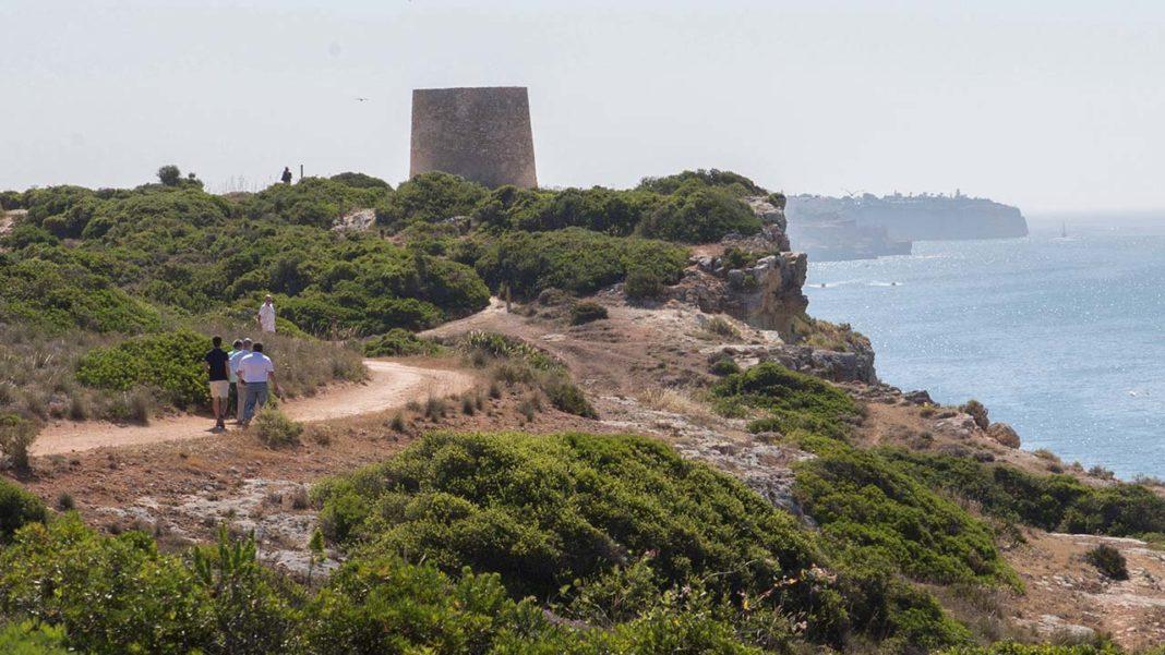 Torre da Lapa em Lagoa pode vir a ser Monumento de Interesse Público