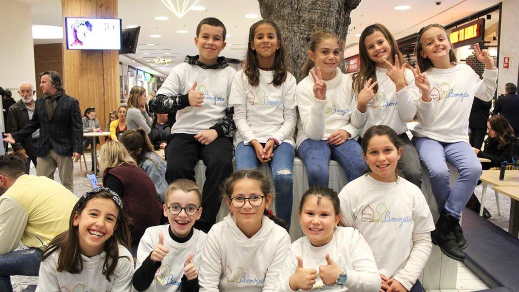 A Comissão de Proteção de Crianças e Jovens (CPCJ) de Faro celebrou os 30 anos da Convenção Internacional sobre os Direitos da Criança com uma passerelle infantil no Forum Algarve.
