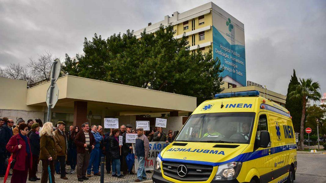 Segundo o parlamentar do PSD Cristóvão Norte, o governo vai canalizar 950 milhões de euros para novos hospitais centrais ou de proximidade até ao fim da legislatura. Nenhum deles será na região. Norte diz que é mais uma «flagrante menorização do Algarve, sem razão fundamentada».