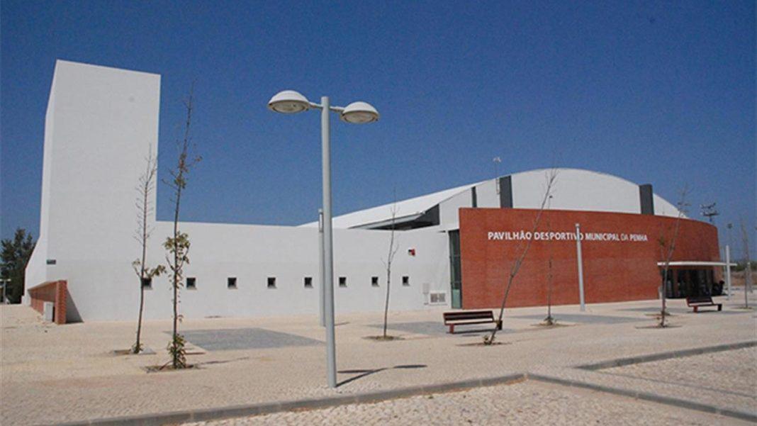 Pavilhão Municipal da Penha sem balneários por suspeita de Legionella