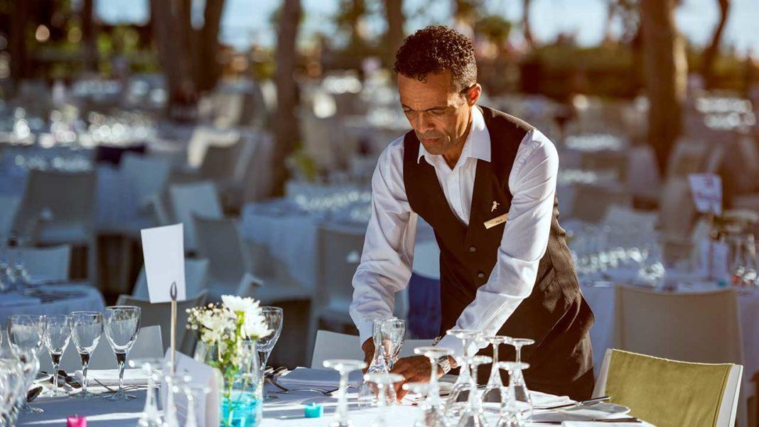 Ações de recrutamento «Be Bright Open Day» para as unidades da United Investments Portugal (UIP) decorrem no Pine Cliffs Resort, em Albufeira, nos dias 18 e 19 de fevereiro.
