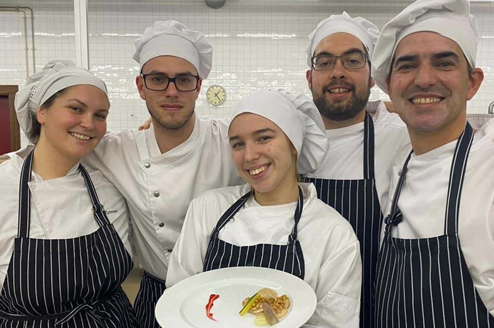 Formação em Gestão e Produção de Cozinha garante qualificação profissional de nível cinco. As candidaturas encontram-se abertas até 27 de fevereiro.