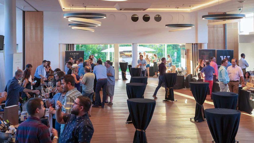 Wine Connection Tasting Experience regressa a Vale do Lobo. A segunda edição do evento reúne produtores e expositores de vinhos, bebidas e produtos regionais no Auditorium de Vale do Lobo, nos dias 14 e 15 de março.