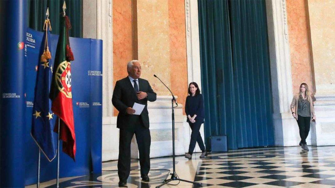 O governo deu «parecer favorável ao Decreto» do Presidente da República que estabelecerá o estado de Emergência, disse o Primeiro-Ministro António Costa no final do Conselho de Ministros que se reuniu hoje no Palácio da Ajuda, em Lisboa.