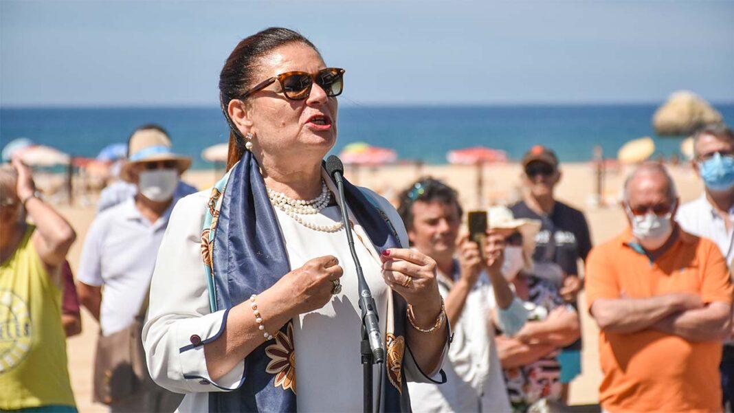 Município de Portimão vai prolongar até 30 de setembro próximo a vigência das medidas excecionais e temporárias de apoio social e económico face à atual situação de calamidade no âmbito da pandemia da COVID-19, continuando a dar a mão a quem mais precisa.
