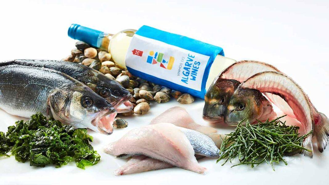 Comissão Vitivinícola do Algarve (CVA) prepara parceria com a Nutrifresco, empresa algarvia reconhecida como a melhor distribuidora de peixe fresco de alta qualidade, através da oferta de garrafas na compra de cabazes de pescado e marisco.