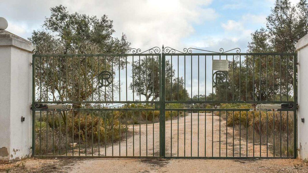 Em causa está o Pedido de Informação Prévia (PIP) referente à reconstrução de construções existentes e reconversão em empreendimento turístico na Quinta da Rocha (Ria de Alvor).