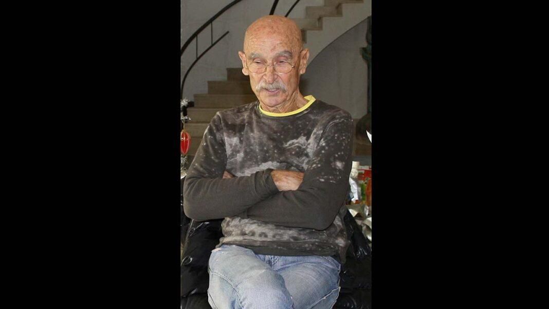 Bota Filipe, ex-oficial do Exército, homem da cultura e das artes, faleceu a 25 de maio. Deixou obra em Almancil, terra natal, onde criou o ZEFA, talvez o maior centro de arte contemporânea particular em Portugal.