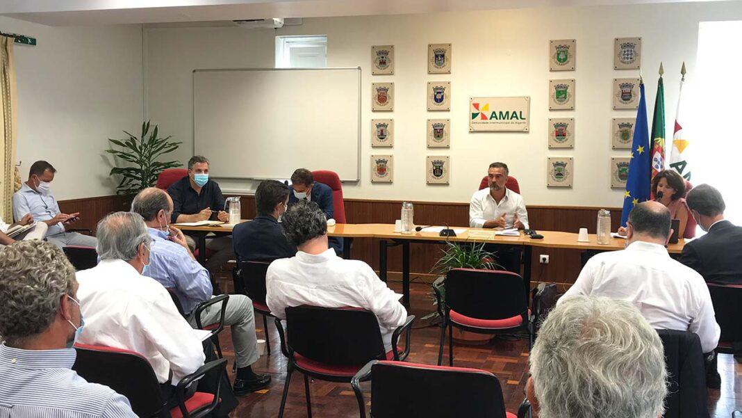 No âmbito do Plano Especial de Recuperação do Algarve, a Comunidade Intermunicipal do Algarve (AMAL) promoveu ontem, dia 14 de julho, uma reunião com empresários e associações de vários setores económicos da região para preparar estratégia de combate aos efeitos da COVID-19.