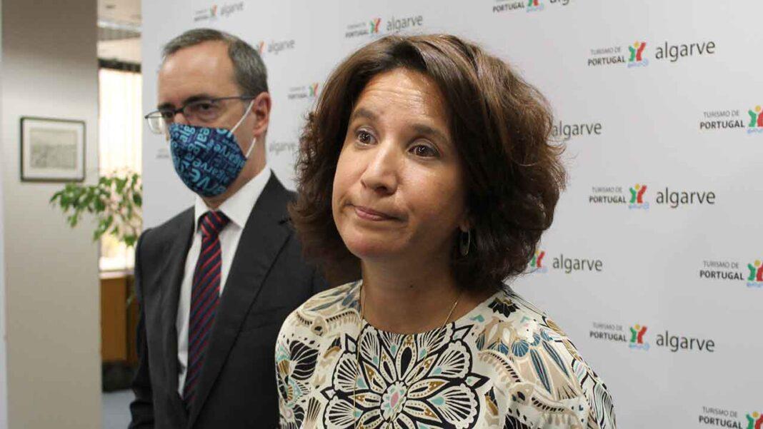 Secretária de Estado do Turismo Rita Marques esteve na manhã de hoje, 28 de julho, em Faro numa reunião com empresários e associações para apresentar as propostas do governo de apoio ao sector turístico, o mais afetado desde o início da pandemia da COVID-19.