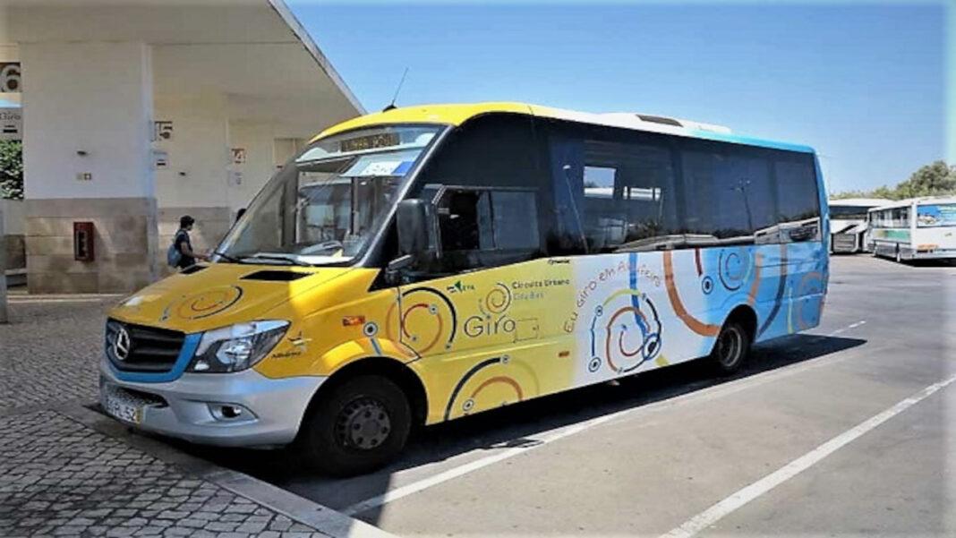 Transporte escolar gratuito em Albufeira