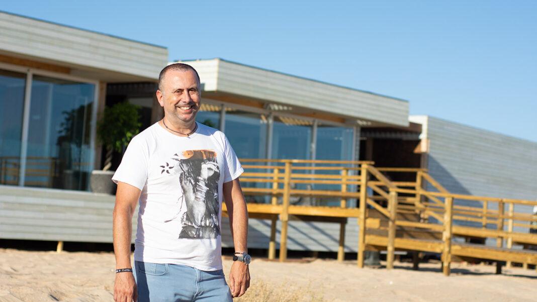 Água Qlub é o mais recente investimento do Grupo NoSolo e abriu pela primeira vez no domingo, dia 2 de agosto, junto ao passeio das Dunas, em Vilamoura.