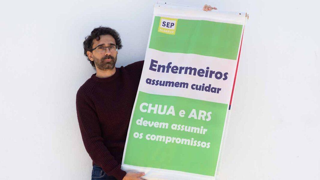 Dirigentes do Sindicato dos Enfermeiros Portugueses (SEP) vão estar na Praia da Rocha, em Portimão, na sexta-feira, dia 14 de agosto, com o objetivo de recolher assinaturas para a petição «Apoiar os Enfermeiros do Algarve».