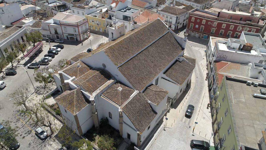 União das Freguesias de Faro lança guia fotográfico «Faro - cidade e património».