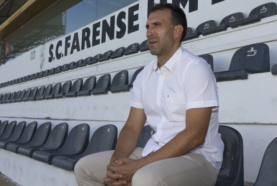 Sérgio Vieira, técnico do Farense