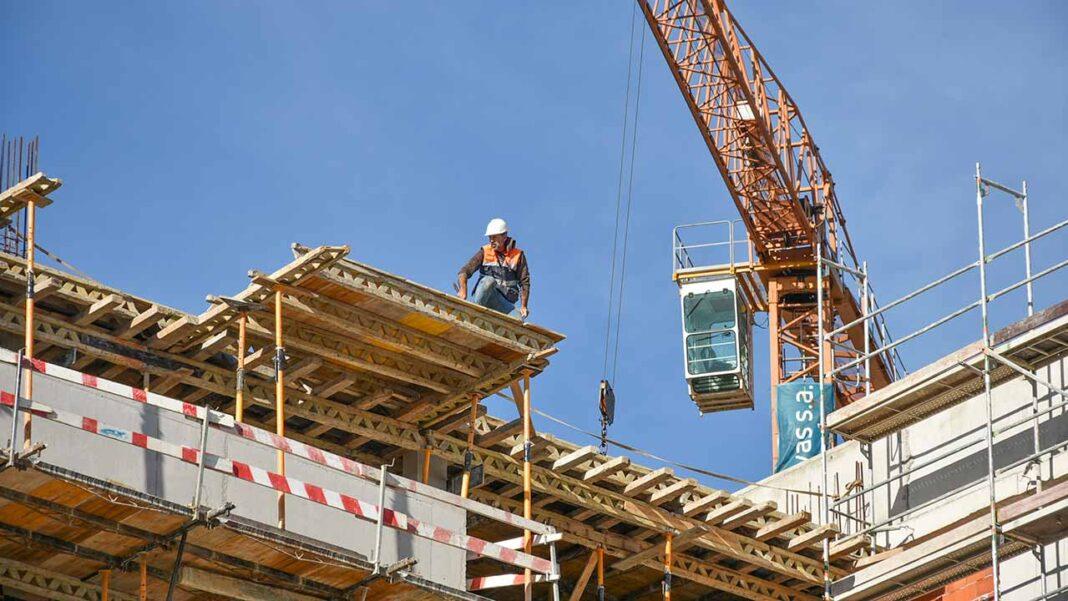 Taxa de desemprego aumentou em agosto para 8,1 por cento mais 0,2 pontos percentuais do que em julho e mais 1,7 pontos do que no mesmo mês de 2019, segundo dados hoje divulgados pelo Instituto Nacional de Estatística (INE).