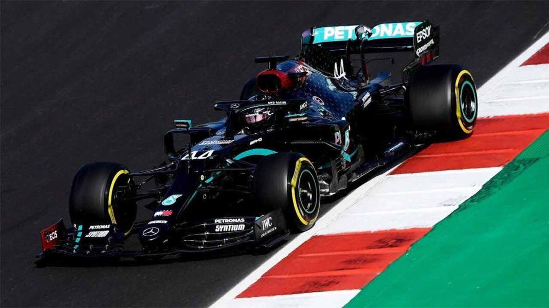 O britânico Lewis Hamilton parte da pole position para o Grande Prémio de Portugal de Fórmula 1, no Autódromo Internacional do Algarve, palco da 12ª corrida do Mundial, com início previsto às 13h10.