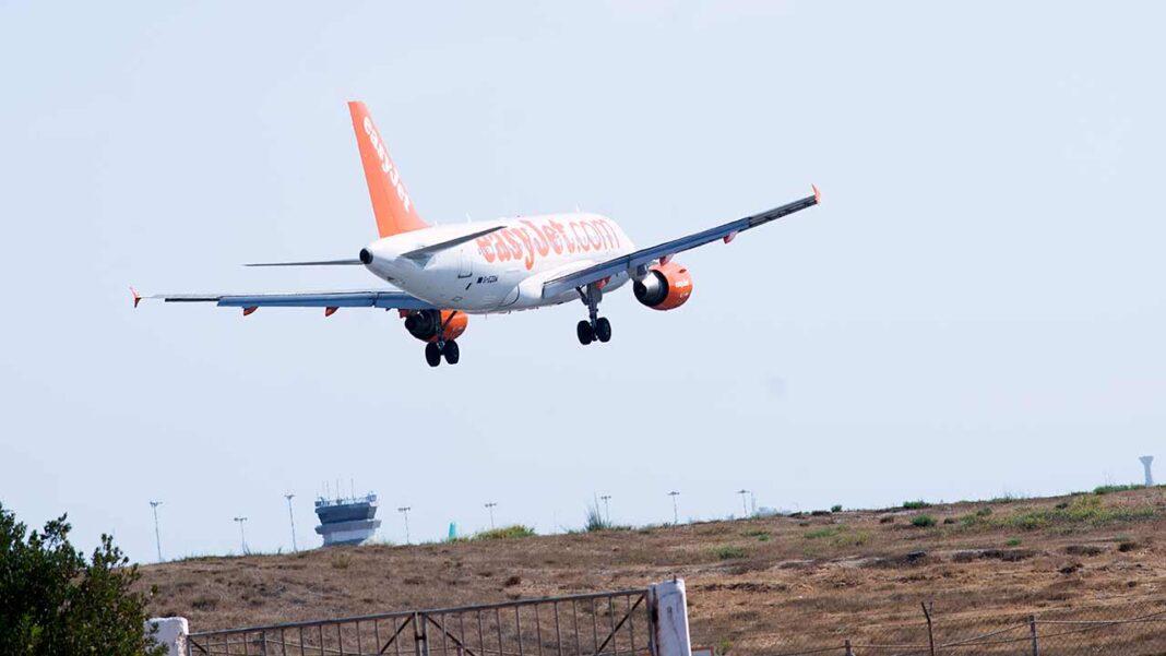 easyJet, companhia área low-cost britânica, anunciou que vai estabelecer uma base sazonal no Aeroporto de Faro e abrir uma terceira base na cidade de Málaga, em Espanha, na primavera de 2021.