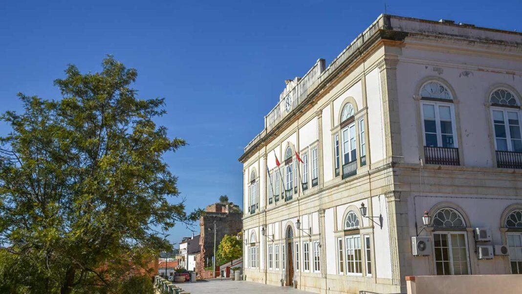 Município de silves solveu dívidas bancárias do processo «Viga d'Ouro» no valor de 5,5 milhões de euros.