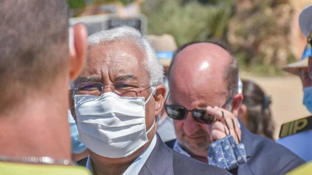 O primeiro-ministro considerou hoje que, «no limite», o estado de Emergência poderá prolongar-se até ao final da pandemia de COVID-19 em Portugal, mas frisou que isso não significa que todas as medidas restritivas permaneçam em vigor.